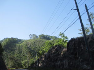 銅ヶ峠の岩